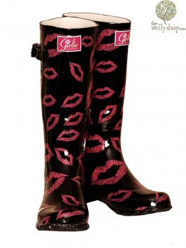 Girlie Gardening Kiss Wellington Boots